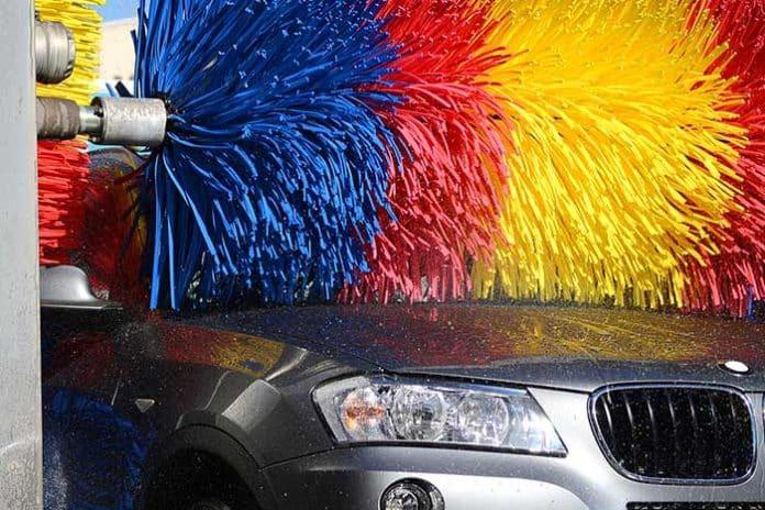 car wash inconv niants du nettoyage voiture en station de lavage. Black Bedroom Furniture Sets. Home Design Ideas